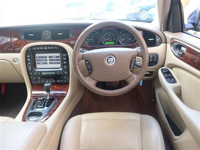 「ジャガー」「XJ」「セダン」「全国対応」の中古車