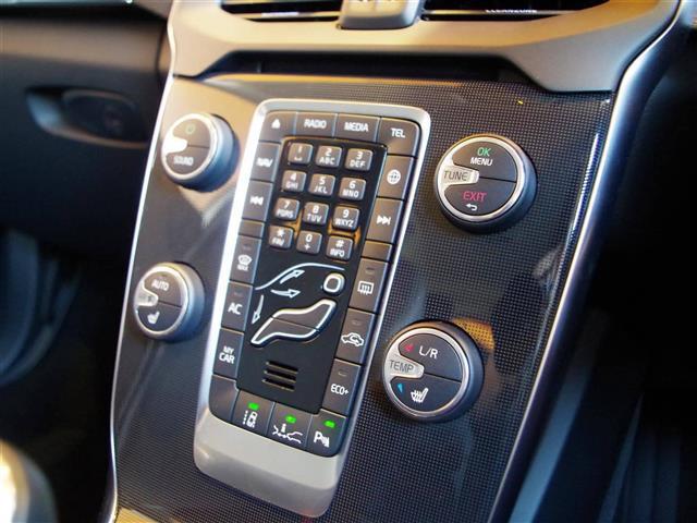 「ボルボ」「V40」「ステーションワゴン」「全国対応」の中古車