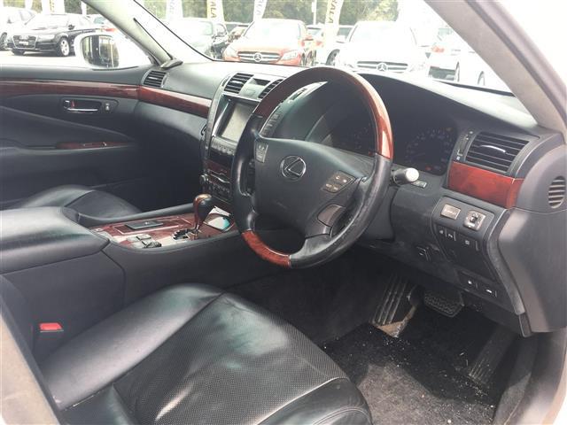 「レクサス」「LS460」「セダン」「全国対応」の中古車