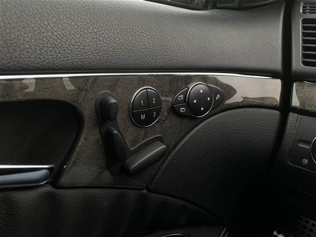 「メルセデスベンツ」「E550ワゴン」「ステーションワゴン」「全国対応」の中古車8