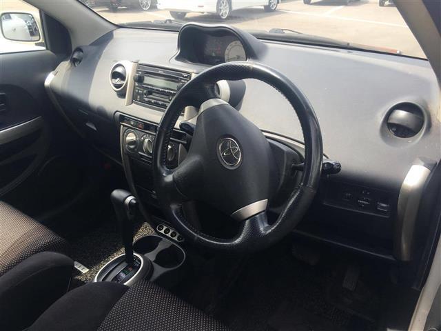 「トヨタ」「ist」「コンパクトカー」「全国対応」の中古車3