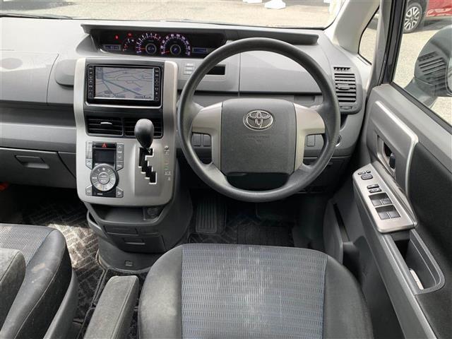 「トヨタ」「ヴォクシー」「コンパクトカー」「全国対応」の中古車2