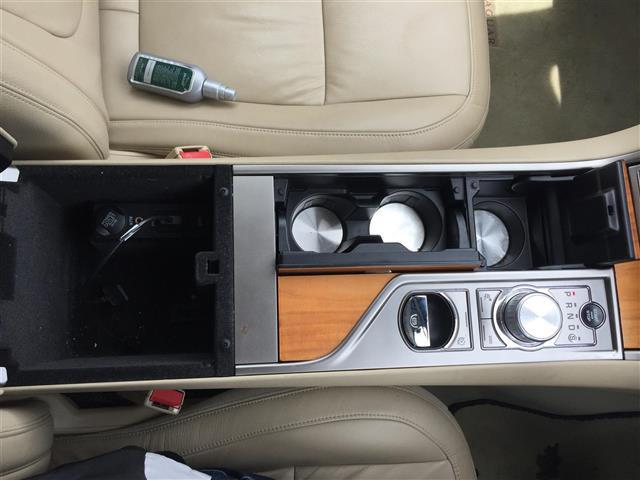 「ジャガー」「XF」「セダン」「全国対応」の中古車9