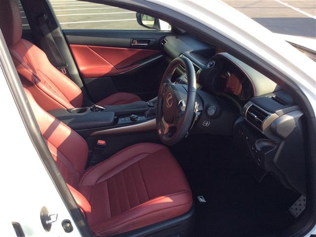 「レクサス」「IS300h」「セダン」「全国対応」の中古車7