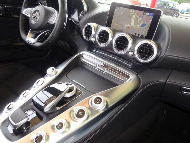 「メルセデスベンツ」「AMG GT ロードスター」「オープンカー」「三重県」の中古車7