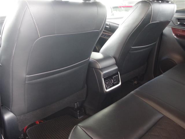 「トヨタ」「ハリアー」「SUV・クロカン」「全国対応」の中古車4