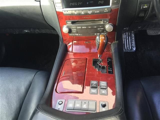「レクサス」「LS460」「セダン」「全国対応」の中古車6