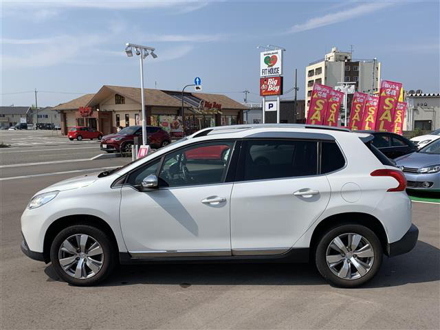 「プジョー」「2008」「SUV・クロカン」「全国対応」の中古車7