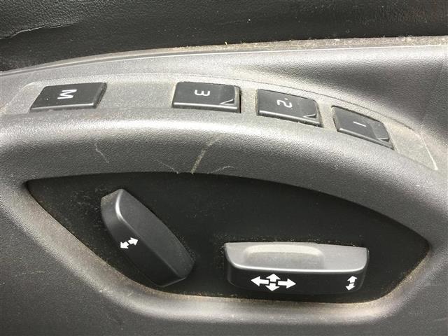 「ボルボ」「XC60」「SUV・クロカン」「全国対応」の中古車8