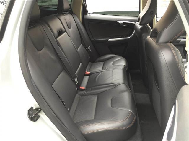 「ボルボ」「XC60」「SUV・クロカン」「全国対応」の中古車9