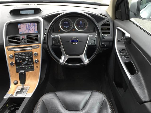 「ボルボ」「XC60」「SUV・クロカン」「全国対応」の中古車4
