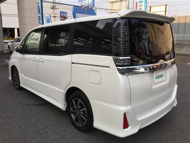 「トヨタ」「ヴォクシー」「コンパクトカー」「全国対応」の中古車3