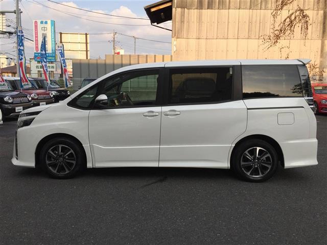 「トヨタ」「ヴォクシー」「コンパクトカー」「全国対応」の中古車6
