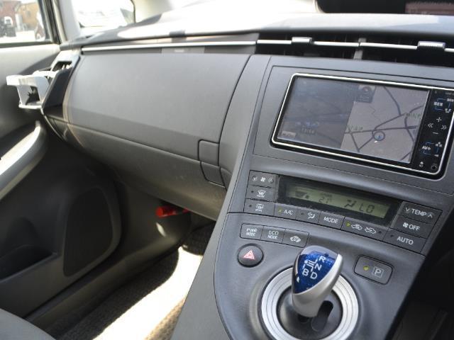 「トヨタ」「プリウス」「セダン」「全国対応」の中古車5