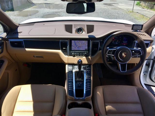 「ポルシェ」「マカン」「SUV・クロカン」「全国対応」の中古車10
