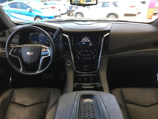 「キャデラック」「エスカレード」「SUV・クロカン」「全国対応」の中古車2