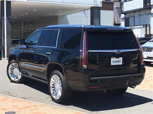 「キャデラック」「エスカレード」「SUV・クロカン」「全国対応」の中古車3