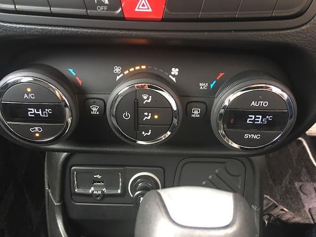 「ジープ」「レネゲード」「SUV・クロカン」「全国対応」の中古車8