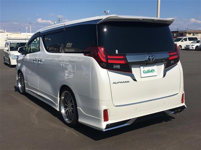 「トヨタ」「アルファード」「コンパクトカー」「全国対応」の中古車3
