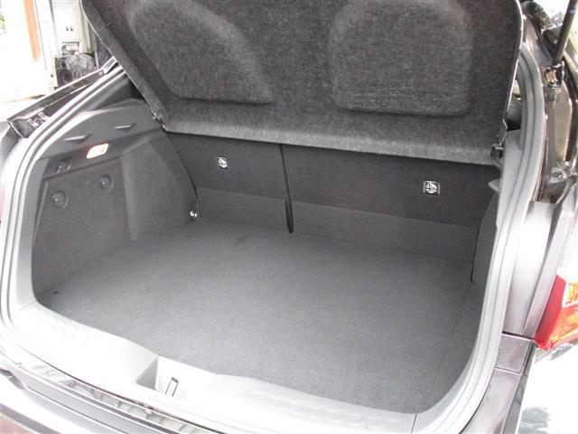 「トヨタ」「C-HR」「SUV・クロカン」「全国対応」の中古車9