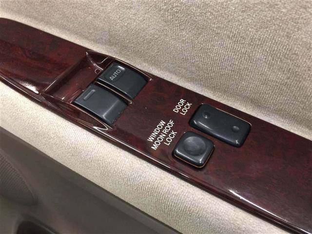 「トヨタ」「グランドハイエース」「軽自動車」「全国対応」の中古車9