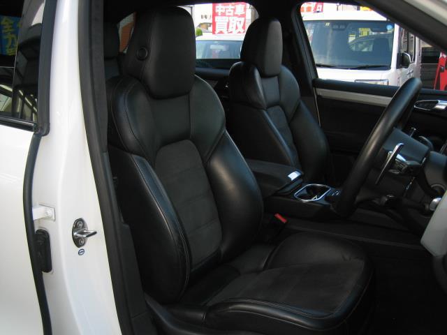 「ポルシェ」「カイエン」「SUV・クロカン」「全国対応」の中古車6