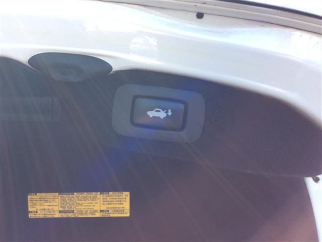 「レクサス」「LS600h」「セダン」「全国対応」の中古車6