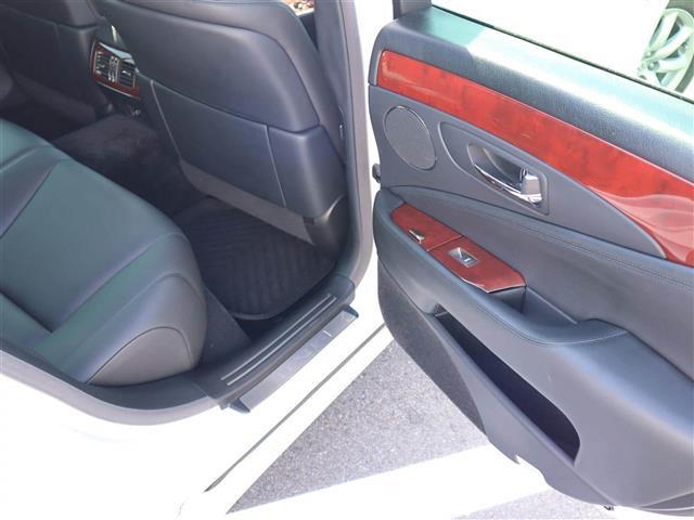「レクサス」「LS460」「セダン」「全国対応」の中古車9
