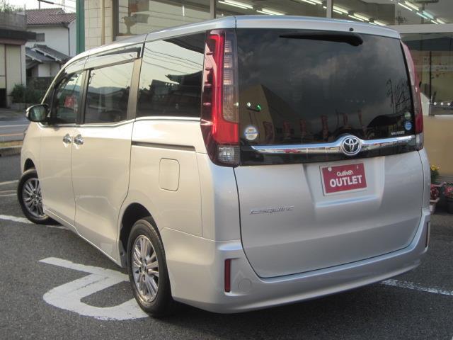 「トヨタ」「エスクァイア」「軽自動車」「全国対応」の中古車3