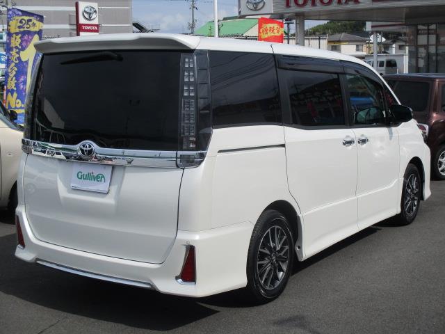 「トヨタ」「ヴォクシー」「軽自動車」「全国対応」の中古車10