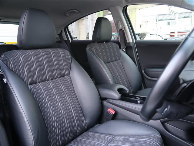 「ホンダ」「ヴェゼル」「SUV・クロカン」「全国対応」の中古車5