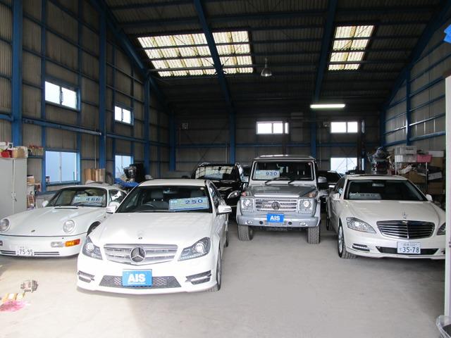 軽自動車〜輸入車まで幅広く取扱っております。 もちろん新車の販売も行っております!! 修理や整備等もお任せ下さい!!お気軽にどうぞ!!