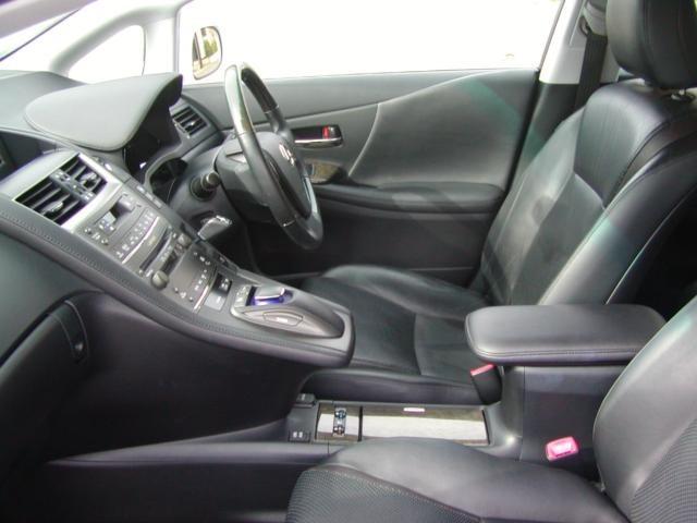 「スバル」「インプレッサXVハイブリッド」「SUV・クロカン」「兵庫県」の中古車